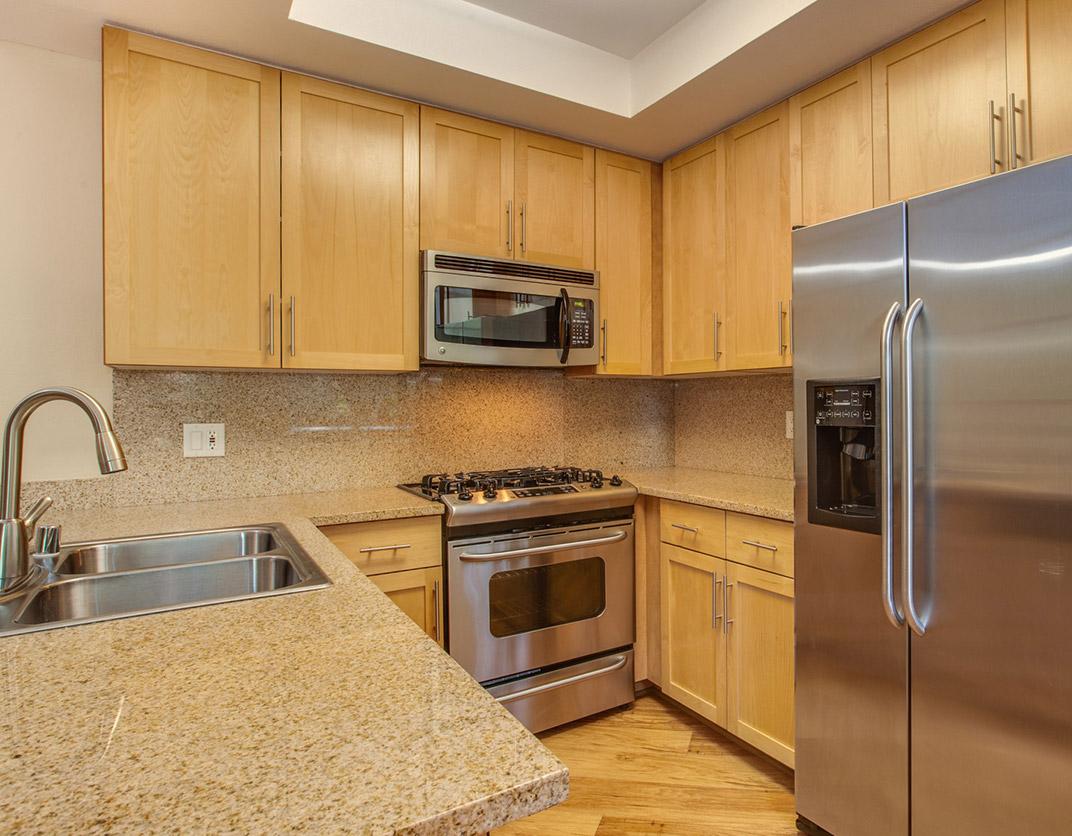 HillCreste Apartments - Los Angeles, CA - Interior Kitchen