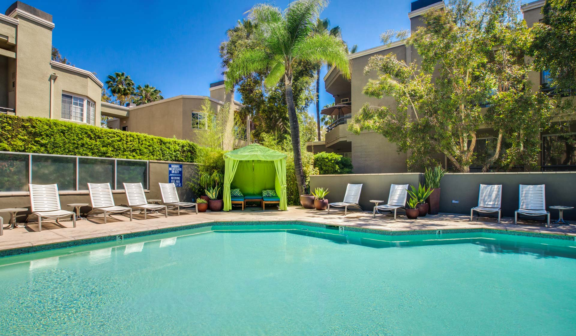 Hillcreste Apartments - Los Angeles, CA - Pool and Apartments